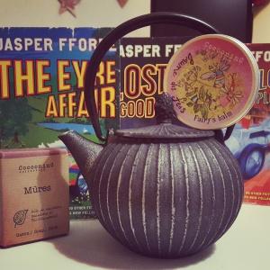 Cadeaux de Noël Christmas gifts Produits bio Théière Teapot Jasper Fforde