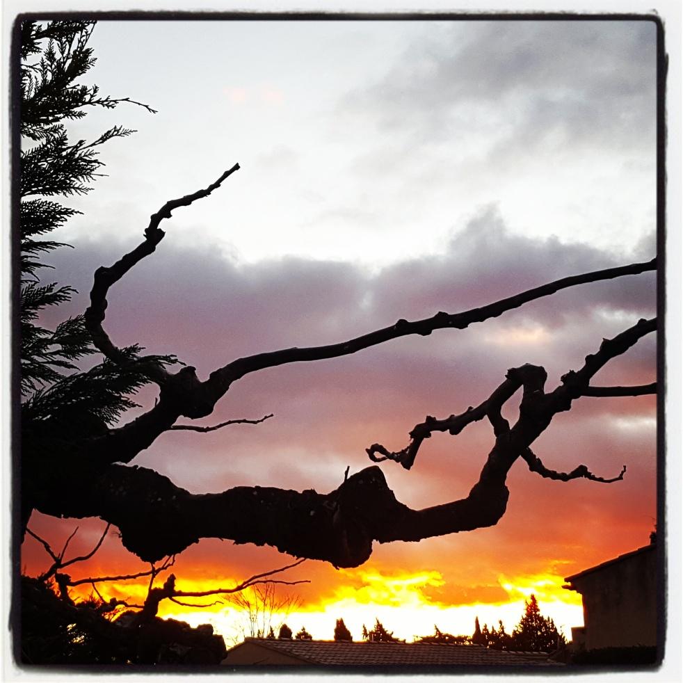Provence Coucher de soleil Fiery Sunset Sky on fire Ciel en feu