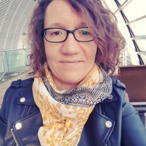 Isabelle Pernot traductrice auteure du blog Aujourd'hui je m'aime consacré à la pensée positive et au développement personnel