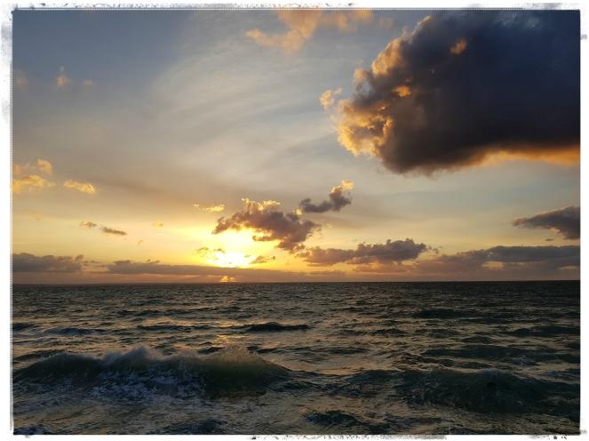 Coucher de soleil Bretagne Côtes d'Armor Vie Mort Après-vie Au-delà Réincarnation